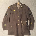 """WWII U.S. Army uniform """"OFFICIAL WAR PHOTOGRAPHER"""" worn in the Pacific. This man went to Pearl Harbor after the Dec 1941 attack. Identification known."""