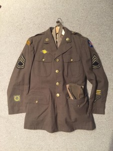 "WWII U.S. Army uniform ""OFFICIAL WAR PHOTOGRAPHER"" worn in the Pacific. This man went to Pearl Harbor after the Dec 1941 attack. Identification known."