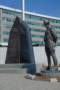 2016-03-31 RCMP memorial Surrey BC (9)
