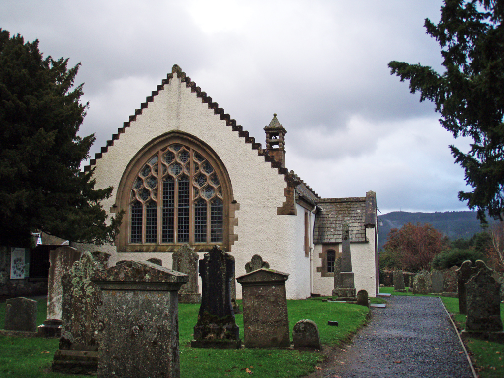 Fortingall Church - The famous yew tree is on the left. Photo by CMS