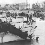 BSA Canadians_Landing Craft Infantry, Large LCIL299 soldiers disembarking carrying BSA Airborne Bicycles.(detail)