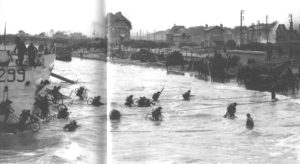 BSA Canadians_Landing Craft Infantry, Large LCIL299 soldiers disembarking carrying BSA Airborne Bicycles.