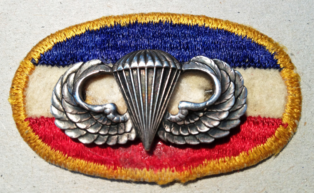 FSSF parachute oval and US parachute wings issued to a Canadian
