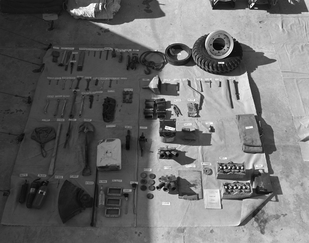 Ferret Scout Car kit layout in UNEF DND photo ME-979