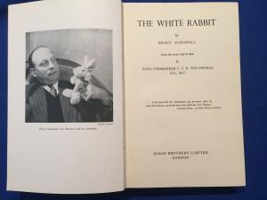 Book THE WHITE RABBIT
