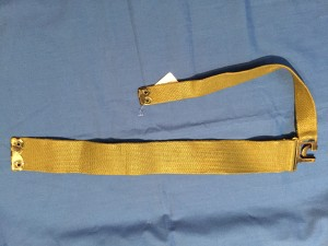 P1951 Canadian L strap RIGHT Blancoed