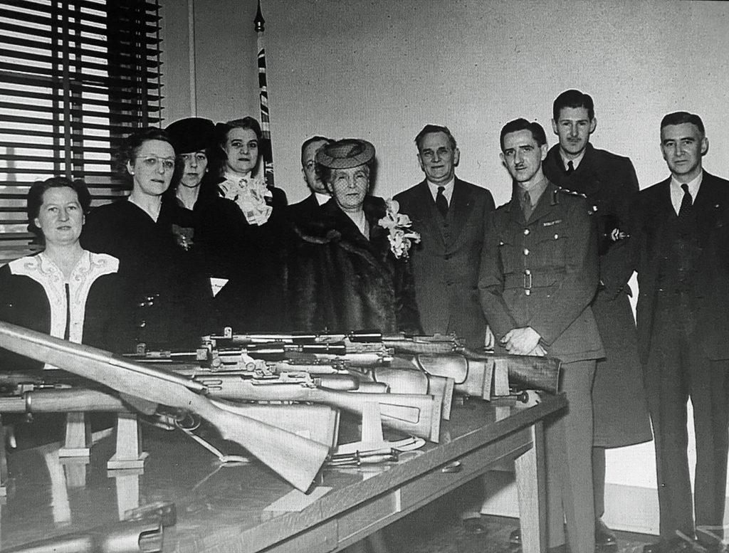 SAL Long Branch Princess Alice and display firearms
