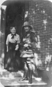 "p73-5 Capt Wm Arnott Stevens 19 Regt - ""Off for the Canal"" 2 with his mother c 1915"