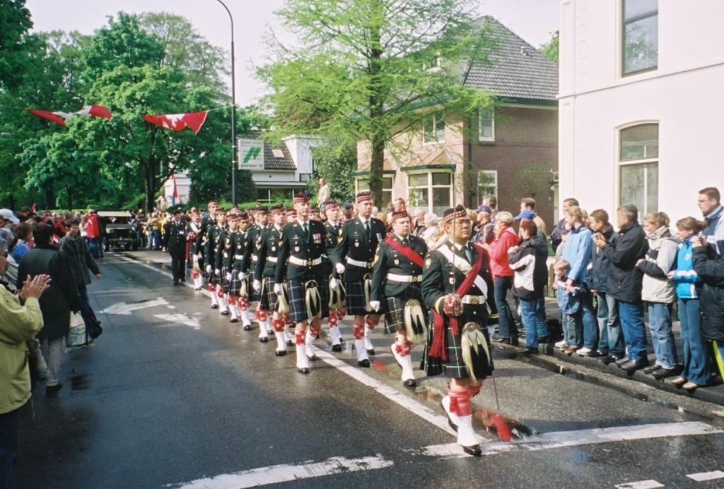 Apeldoorn 2005 - Seaforth Highlanders of Canada delegation