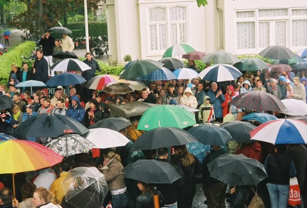 Apeldoorn crowd 2 2005