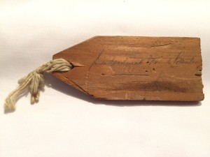Luggage tag of Sir Frederick Banting from his fatal crash. Souvenir of Lieutenant A.H. Stevens, Lincoln and Welland Regiment.