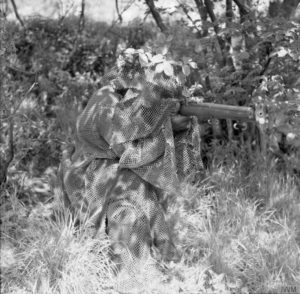 Sniper Lovat Scouts Bisley Surrey 9 JULY 1940 © IWM (H 2144)