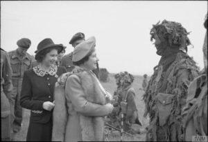 Snipers Princess Elizabeth & Queen Elizabeth © IWM (H 38592)