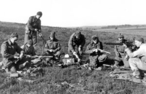 Sniper training class cleaning rifles (L&AC PA211816)