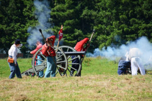 # 807 - Union cannon firing.