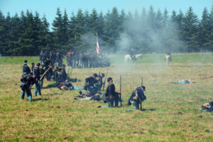 # 909 - Smoke and casualties among the Union troops.
