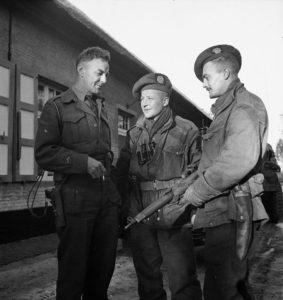 Sgt Marshall Calgary Highlanders on the right.