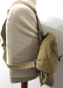 Commando 1944 Vickers K webbing - right side