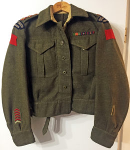 Captain W. L. ROBERTS' named battledress blouse with rank of Captain, Seaforth Highlanders of Canada.