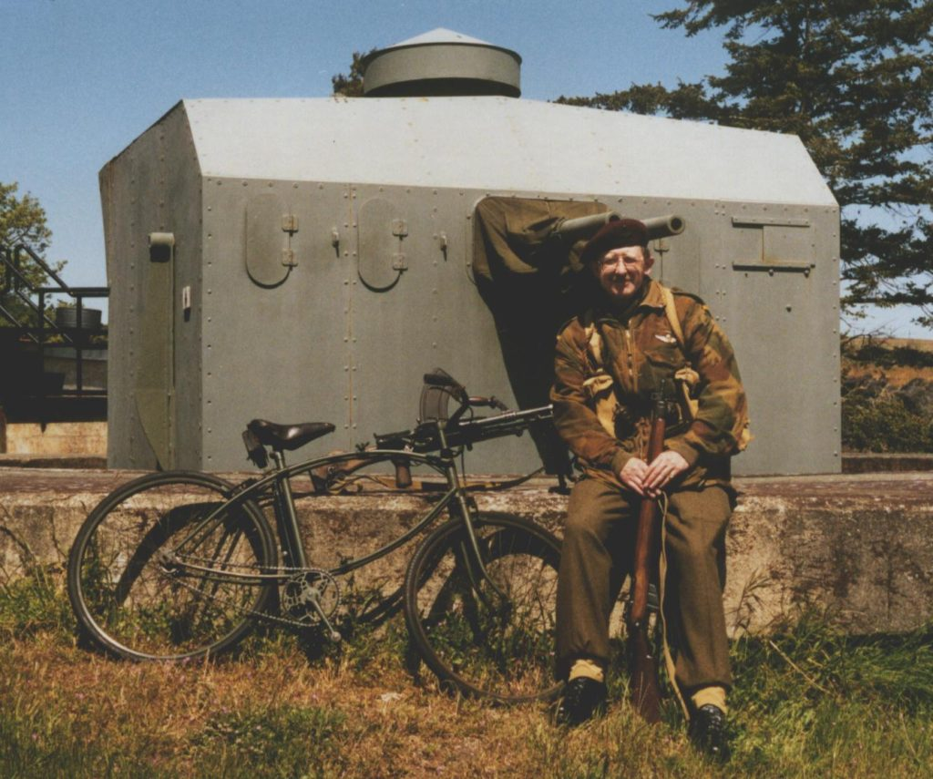 BSA Colin_s with Colin at Fort Rodd Hill & 1944 turret 1999 May