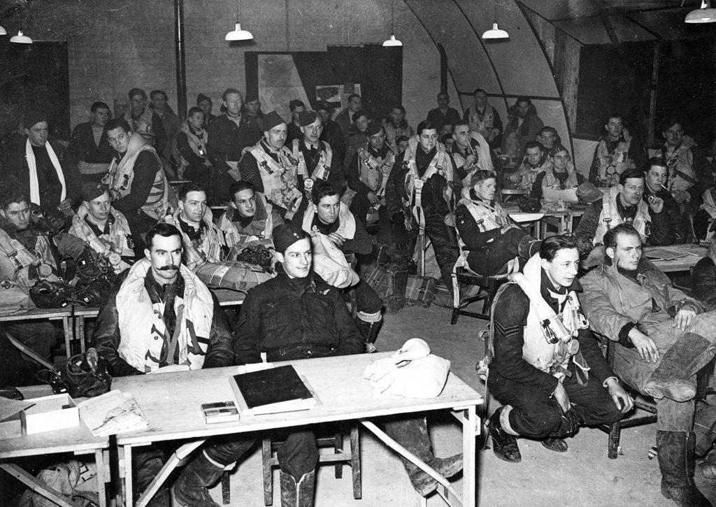 424 Squadron RCAF briefing in England.