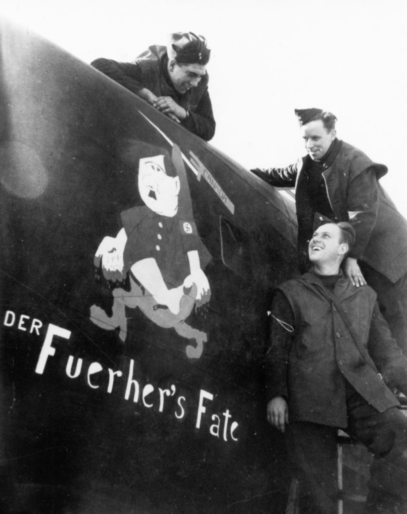 Three of the crew the nose art. Version with bayonet.