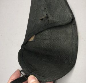 Inglis first pattern holster black for Rifles Regiments or Armoured Corps use.