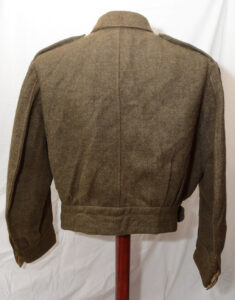 Blouse Battledress Canadian Aug 1 1942 with Seaforth of C insignia ADDED (5)