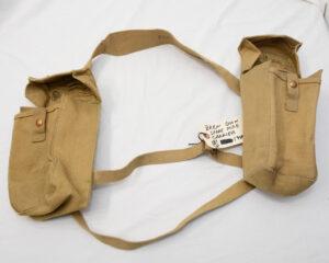 Utility pouches set 1944 Cdn (1)