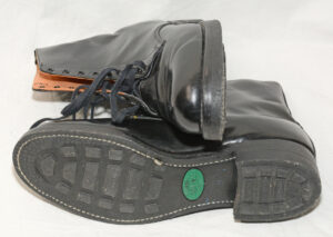 Boots CF military NOS 1990s