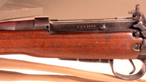 Rifle EAL SN 1640 (1) Left side with SN