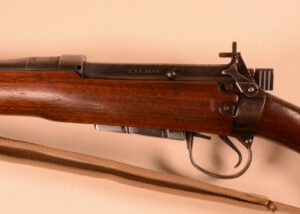 Rifle EAL SN 1640 (9) Left side with SN
